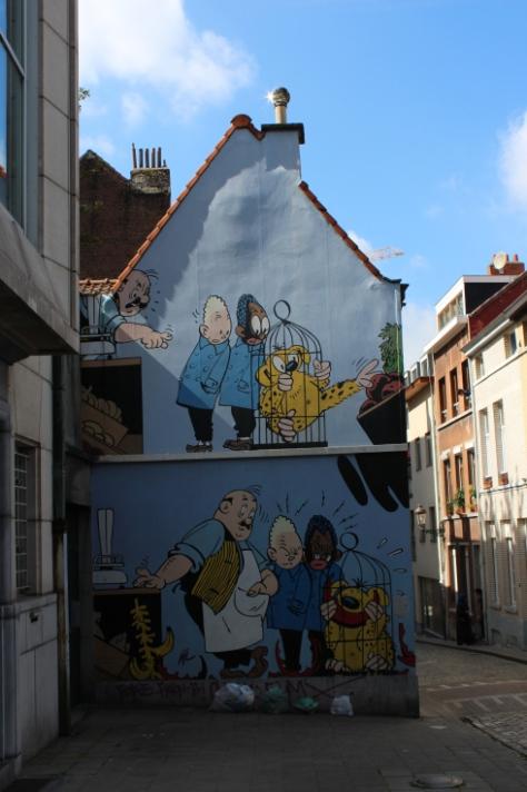 Comic Strip Mural: Blondin et Cirage